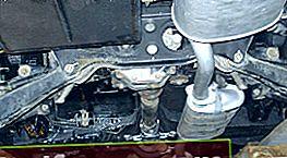 GAZ 31105 išmetimo sistemos pakeitimas surūdijusiais veržlėmis
