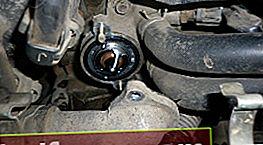 Udskiftning af termostaten til Toyota Corona / Caldina